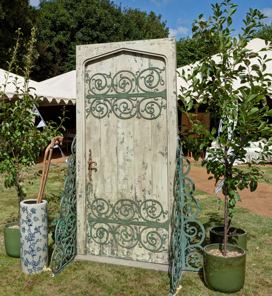 New festival wedding prop secret garden door for Outdoor garden doors